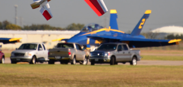 Extra 300 35%, Blue Angels, P-47, F-16 and F-35 – You Have to See This