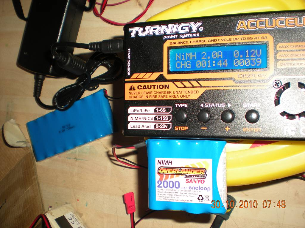 Turnigy Accucell 6 Voltage Problem Rcu Forums Mean On Power Supply Can39t Read Any Using A Dvm The Plug Ge96834