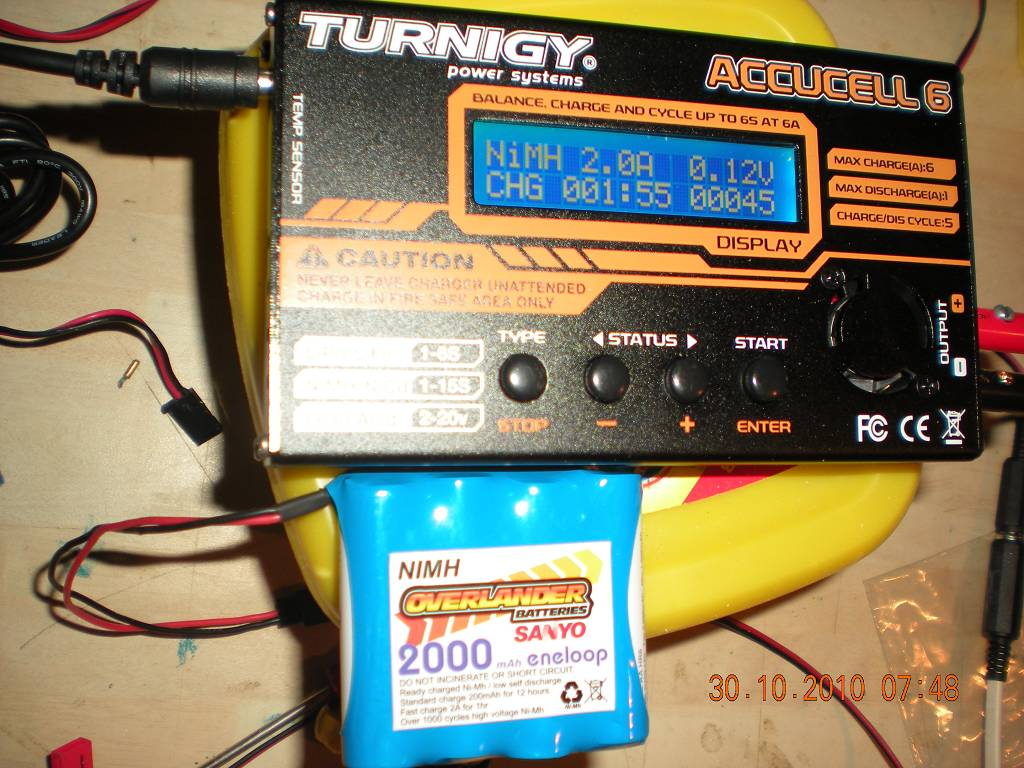 Turnigy Accucell 6 Voltage Problem Rcu Forums Mean On Power Supply Can39t Read Any Using A Dvm The Plug Ge96834 Up46588