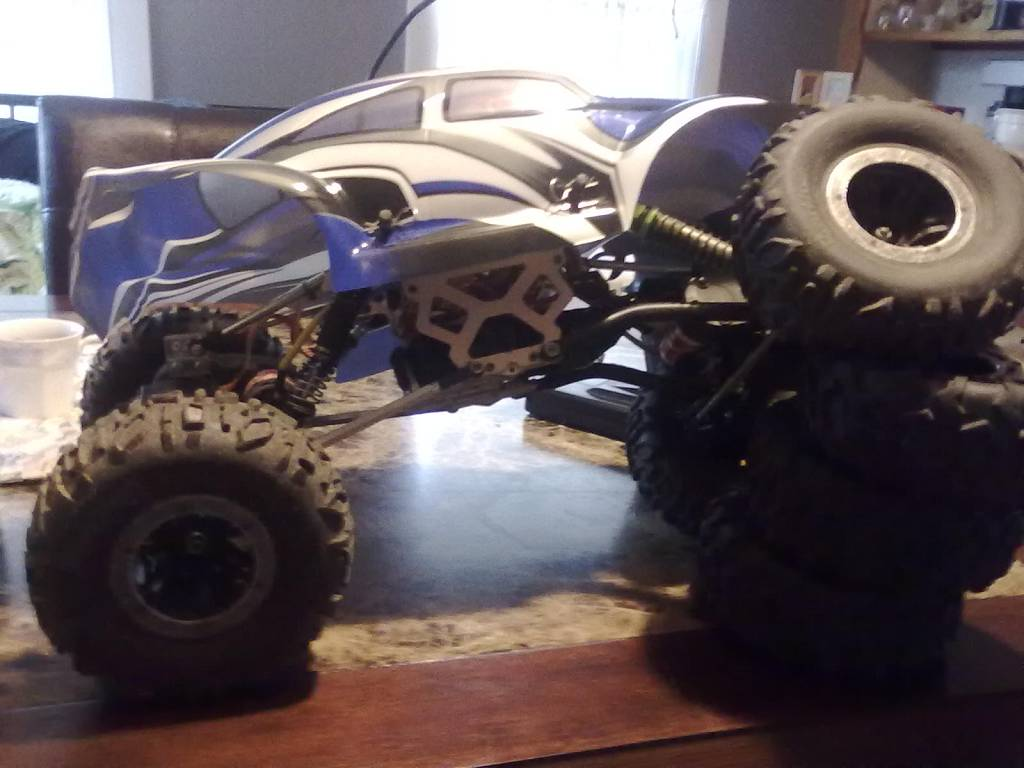 wanna buy a rc crawler on the cheap whats best - RCU Forums