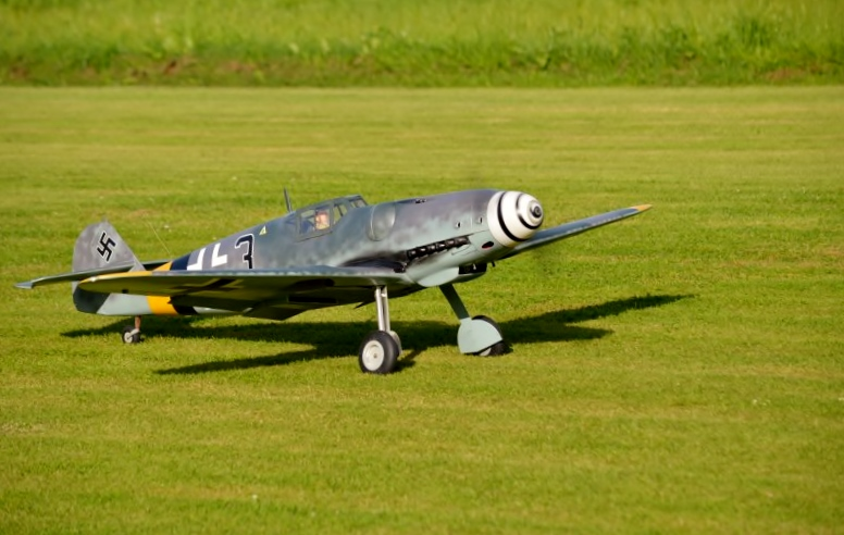 Click image for larger version  Name:Bf 109 21.jpg Views:122 Size:183.2 KB ID:1906163