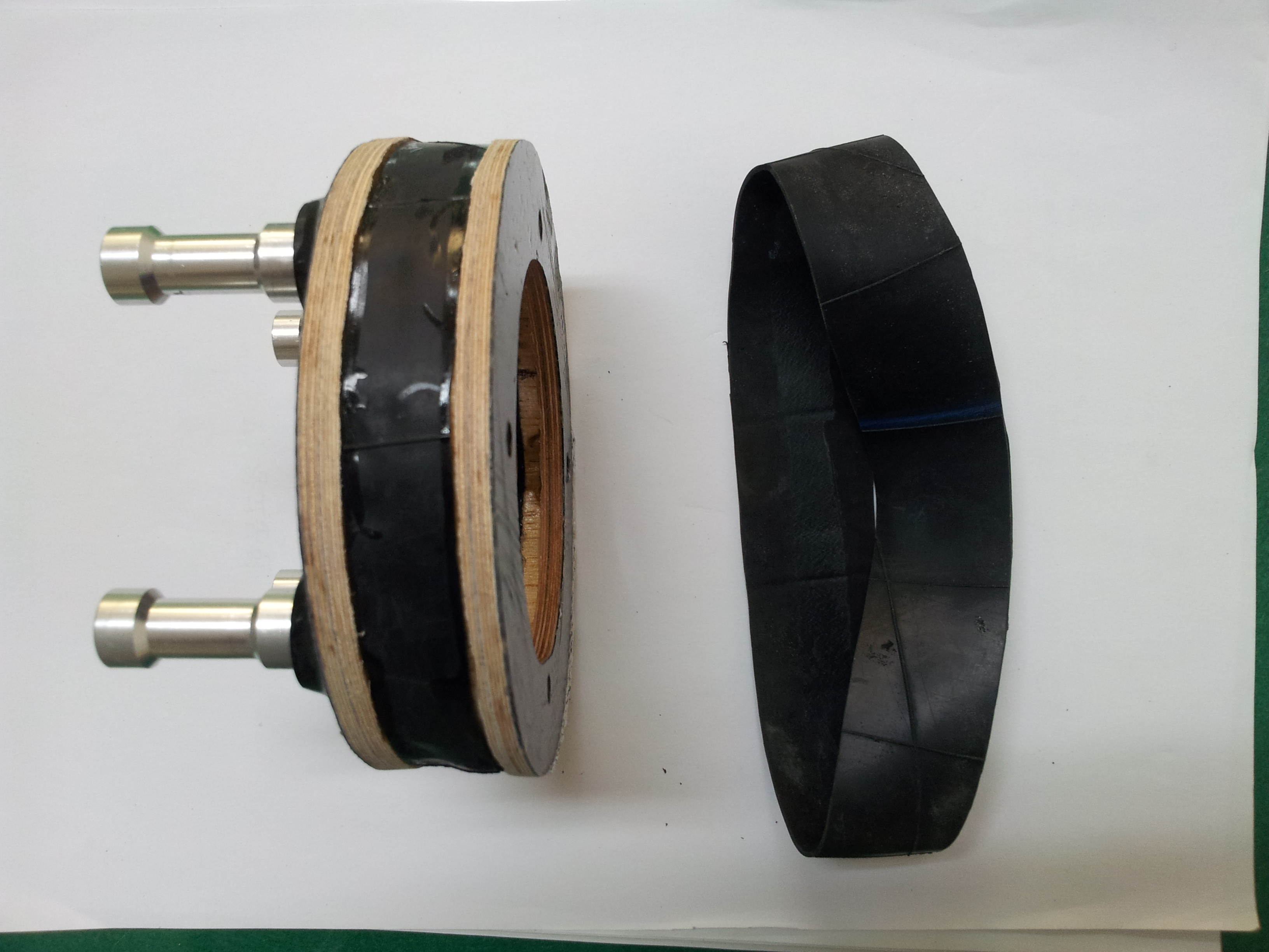 Click image for larger version  Name:one rubber ring.jpg Views:327 Size:2.08 MB ID:1925128