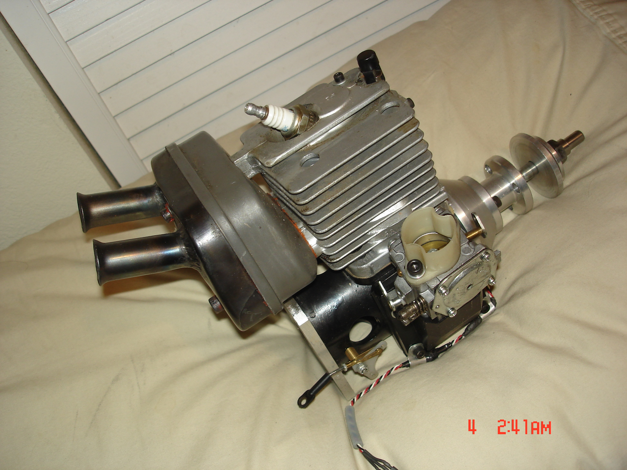 Click image for larger version  Name:Van engines 010.JPG Views:28 Size:1.16 MB ID:1970644