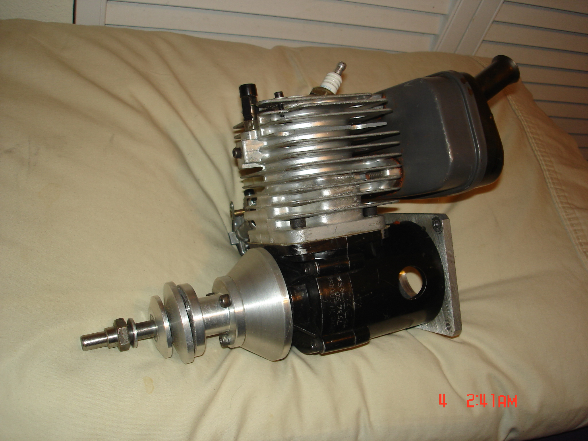 Click image for larger version  Name:Van engines 011.JPG Views:42 Size:1.25 MB ID:1970645