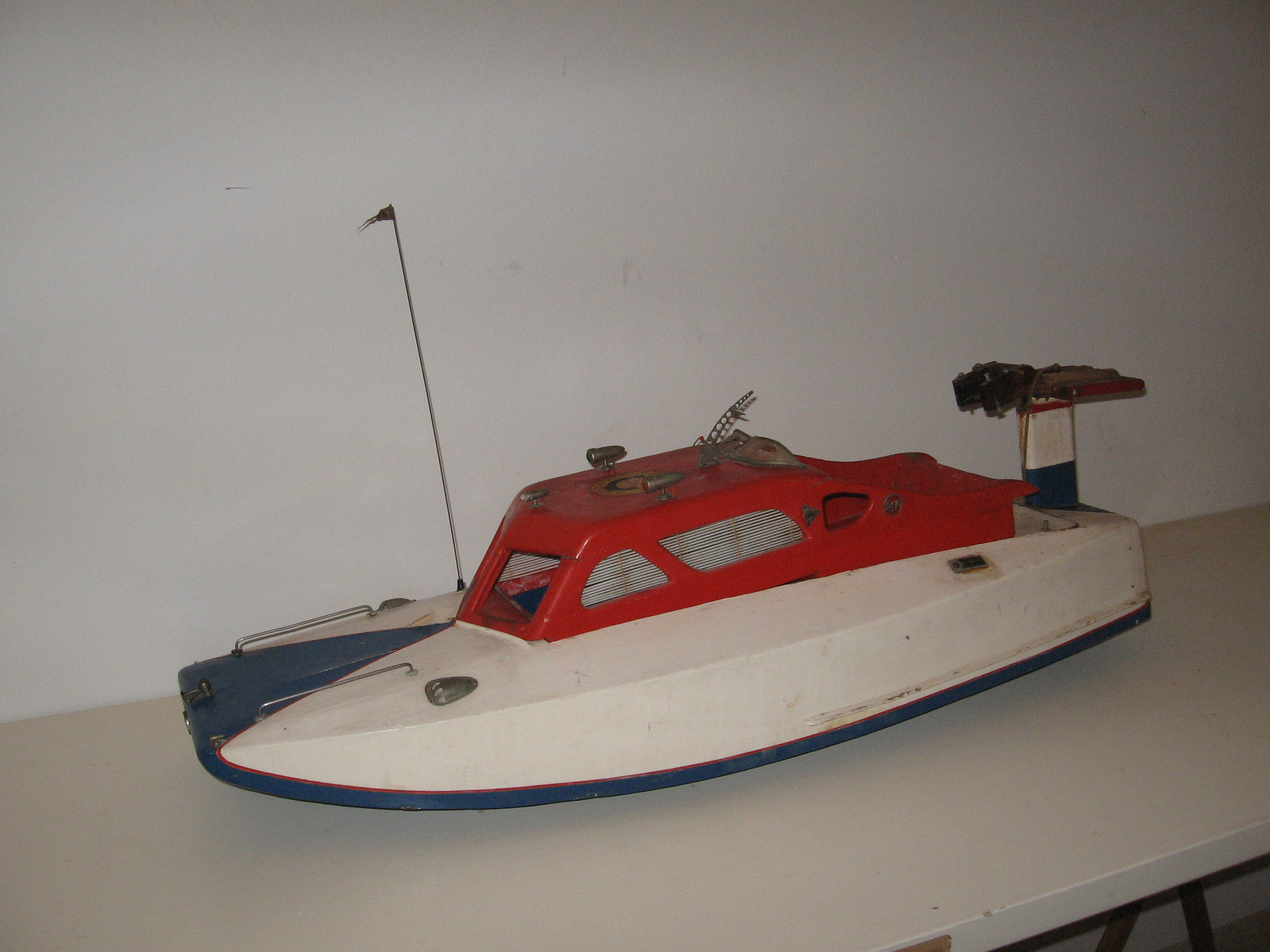 Click image for larger version  Name:RC boats 004.JPG Views:55 Size:1.16 MB ID:1977722
