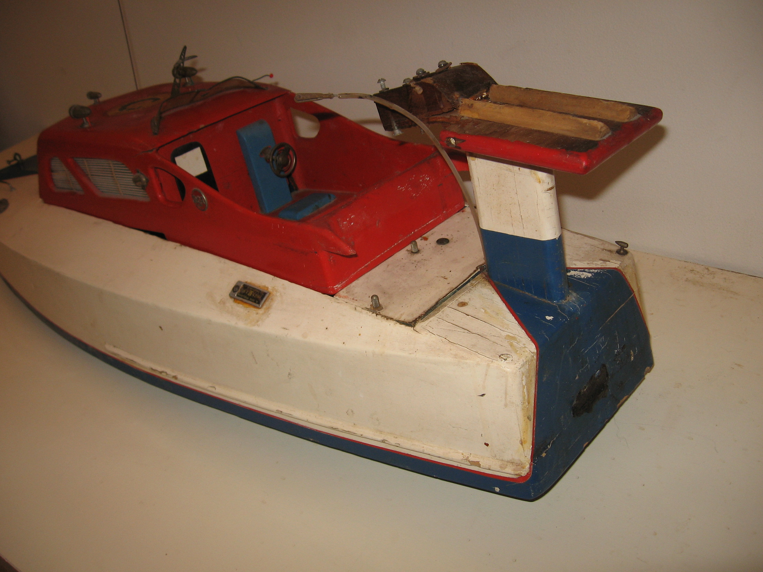 Click image for larger version  Name:RC boats 006.JPG Views:57 Size:1.01 MB ID:1977723