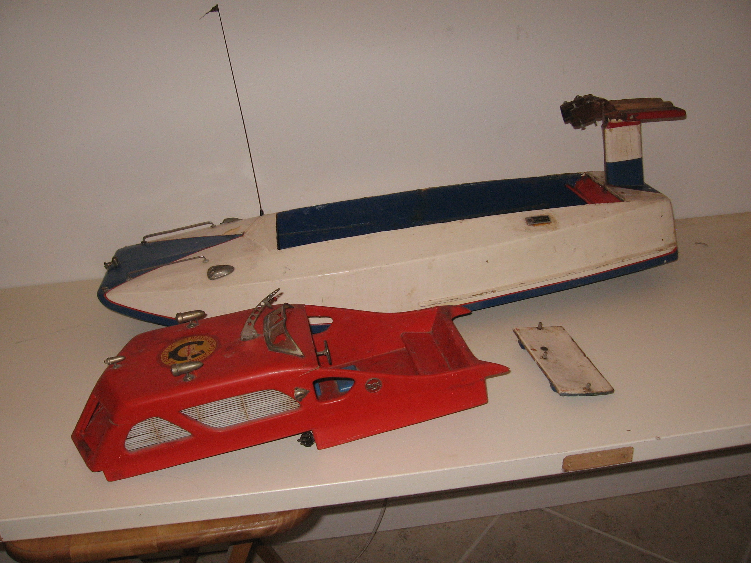 Click image for larger version  Name:RC boats 008.JPG Views:42 Size:1.21 MB ID:1977724