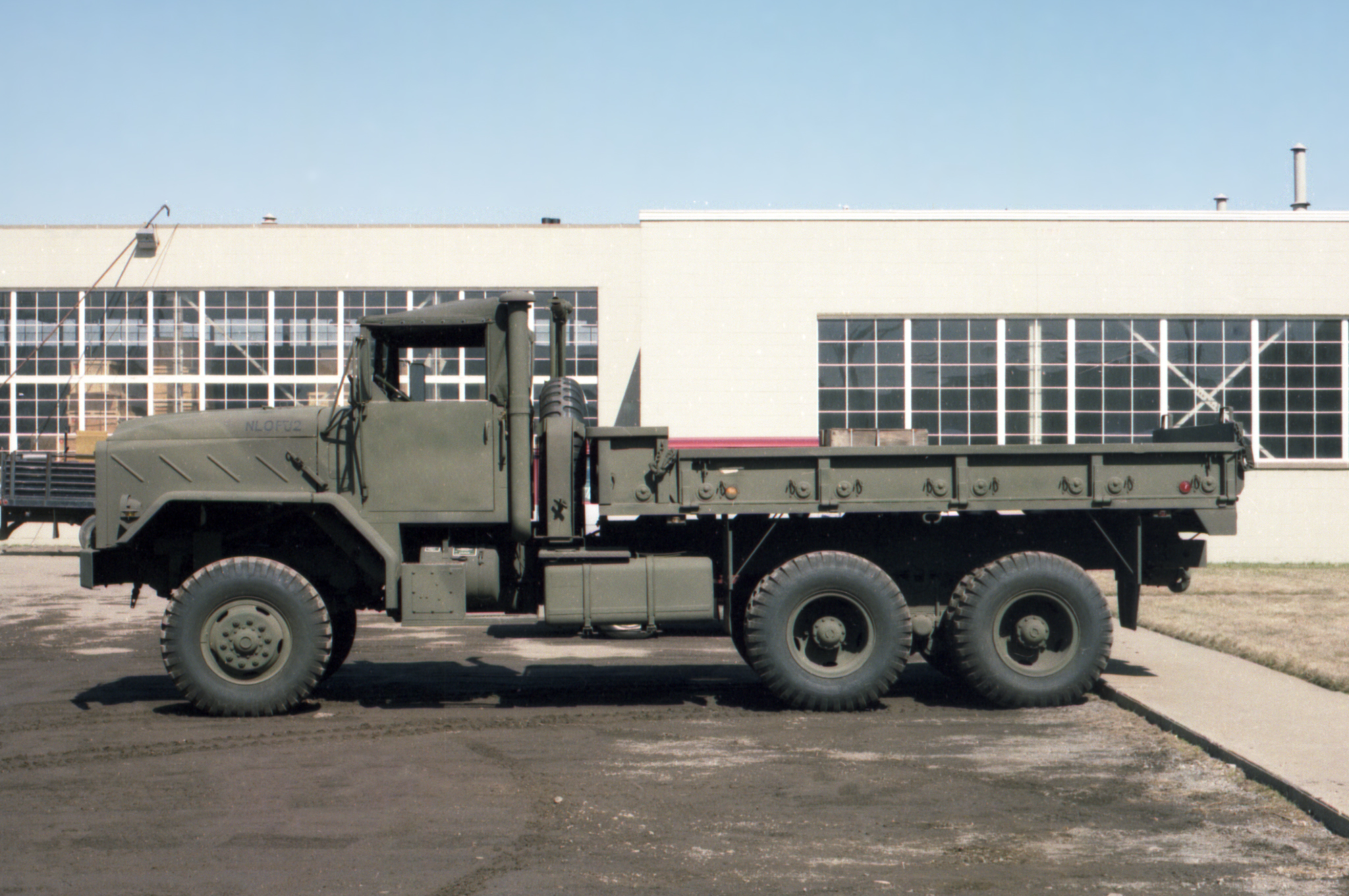 Click image for larger version  Name:1980-XM963-6x6-Military-Vehicle.jpg Views:1561 Size:2.05 MB ID:1982488