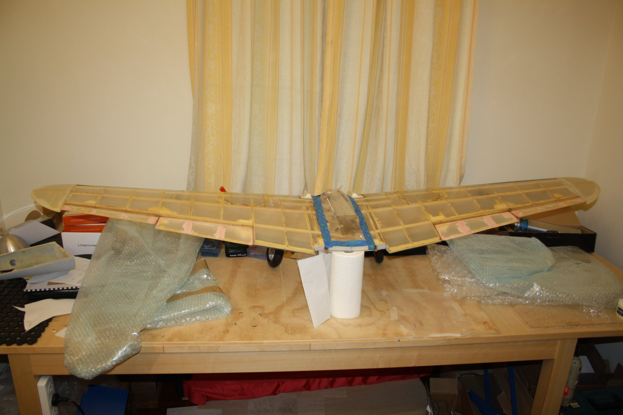 Click image for larger version  Name:2014_04_04 01 Wing prep for primer.JPG Views:60 Size:283.7 KB ID:1983980