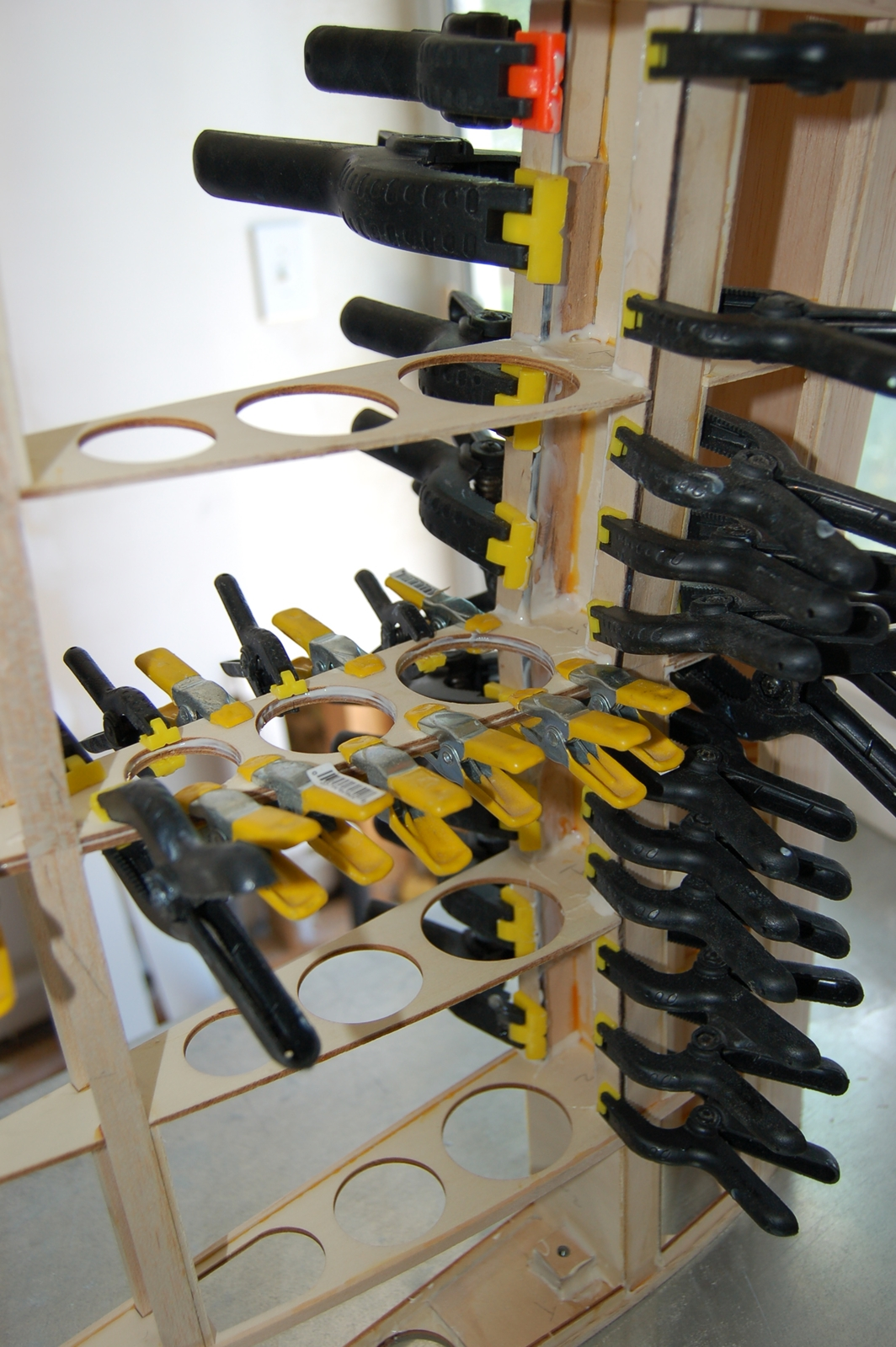 Click image for larger version  Name:m_Center section glue up 004.jpg Views:94 Size:978.5 KB ID:1994125