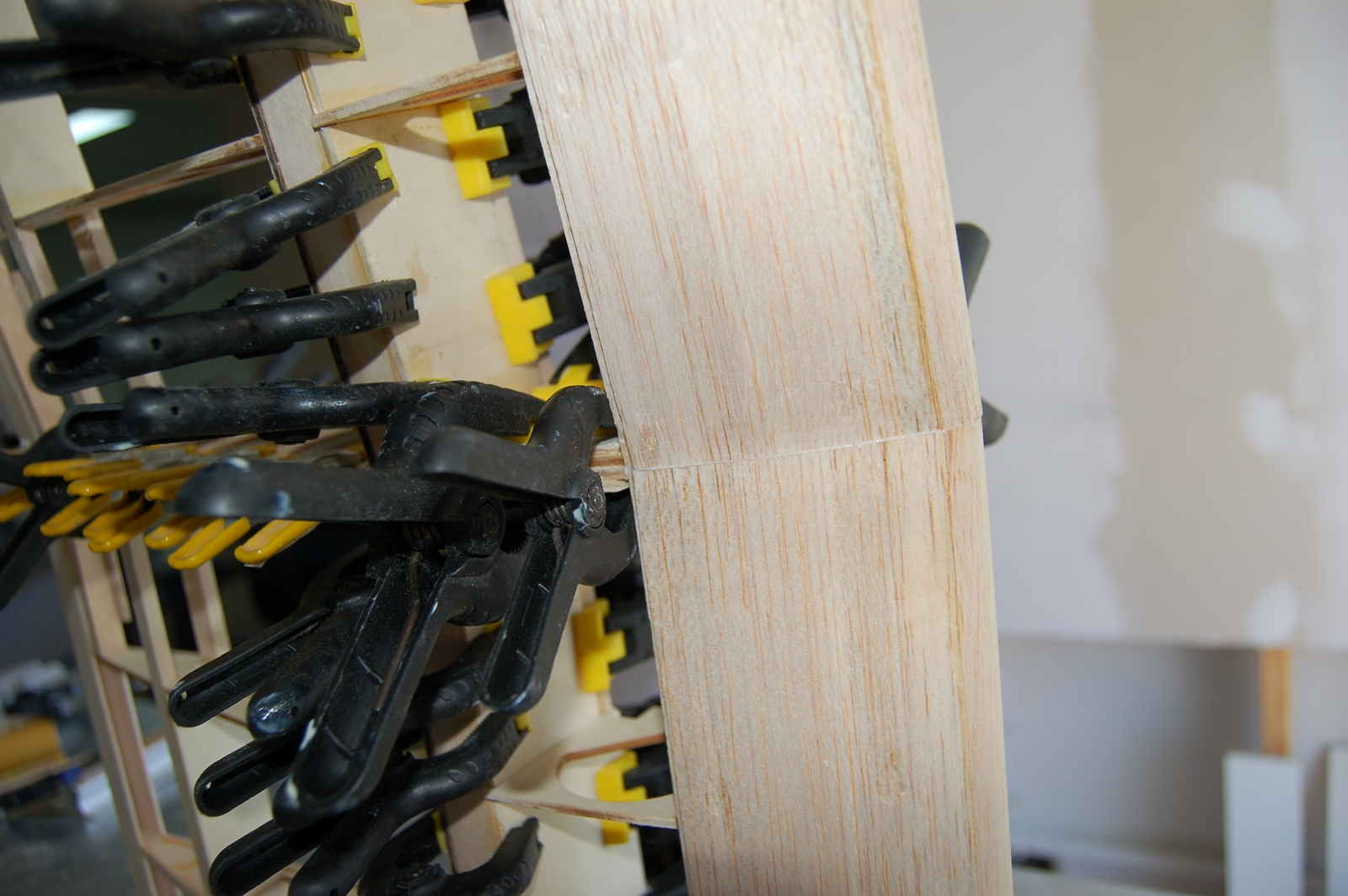 Click image for larger version  Name:m_Center section glue up 006.jpg Views:103 Size:926.8 KB ID:1994126