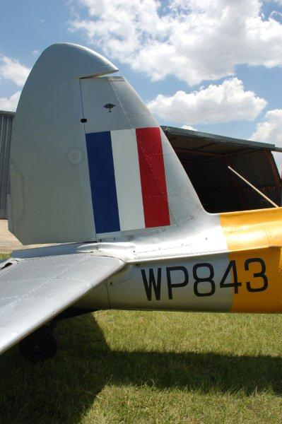 Click image for larger version  Name:DHC-1%20Chipmunk%20C1-0727%20ZS-COX%2002.jpg Views:76 Size:37.8 KB ID:2002713