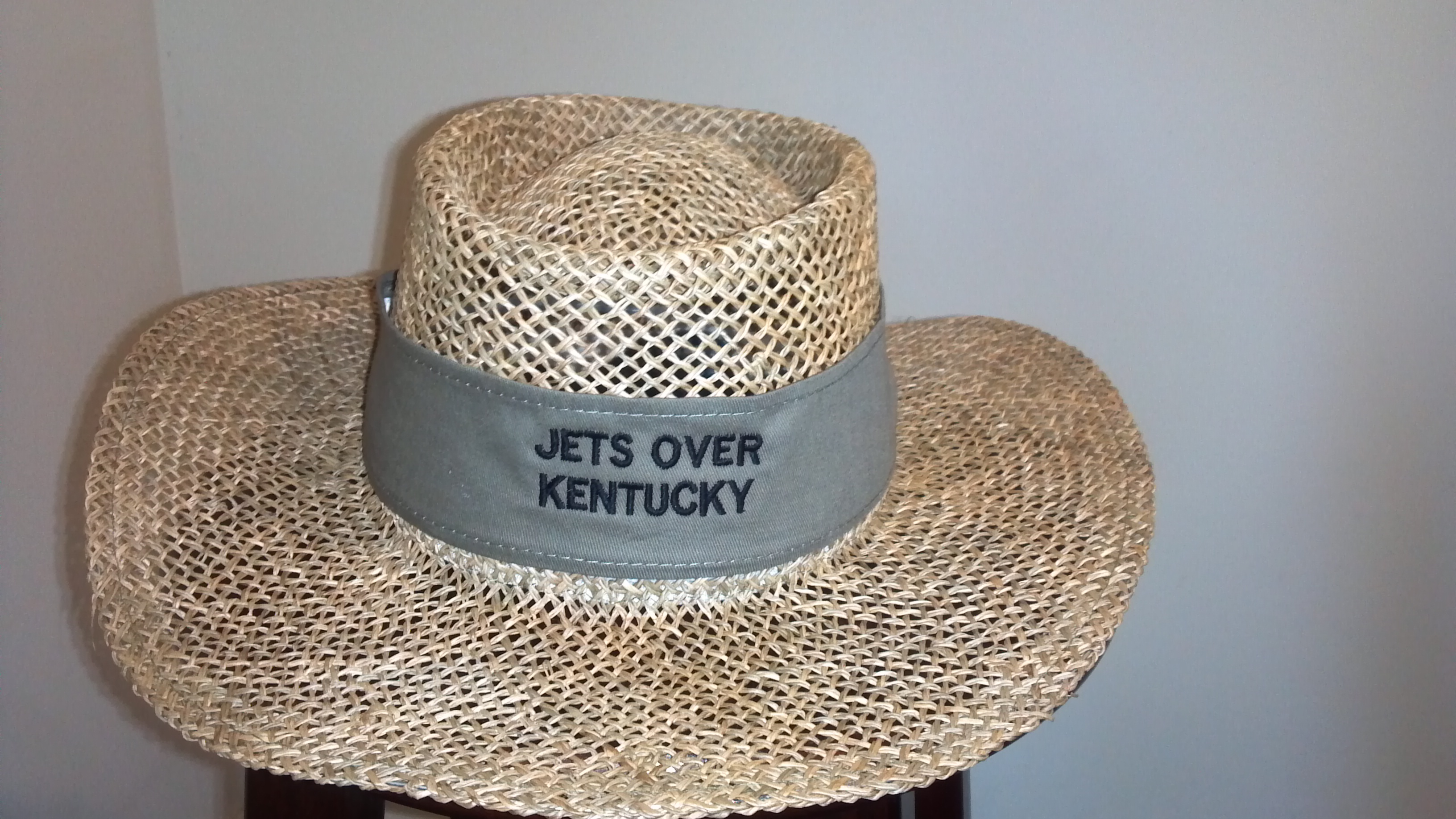 Click image for larger version  Name:Hat Picture 2.jpg Views:46 Size:1.35 MB ID:2003634