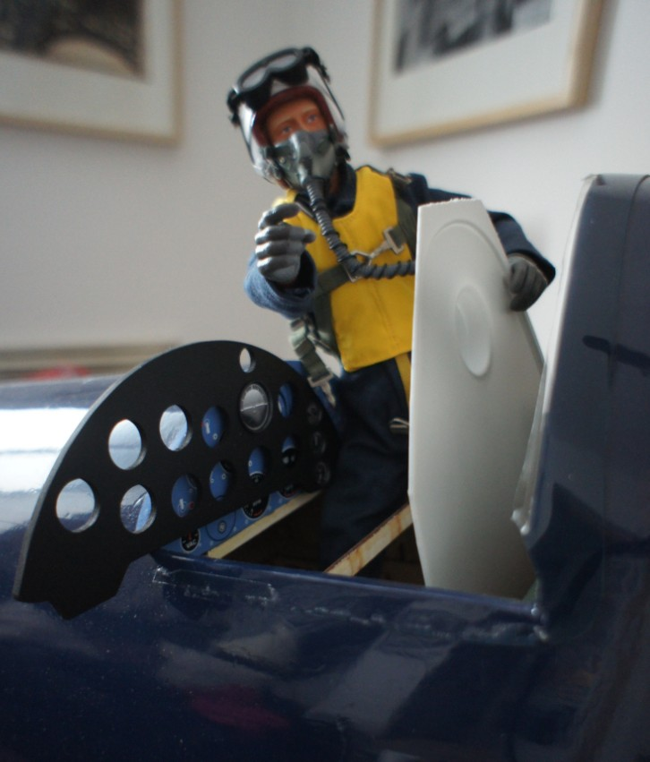 Click image for larger version  Name:Corsairpilot working1.jpg Views:43 Size:99.5 KB ID:2003817