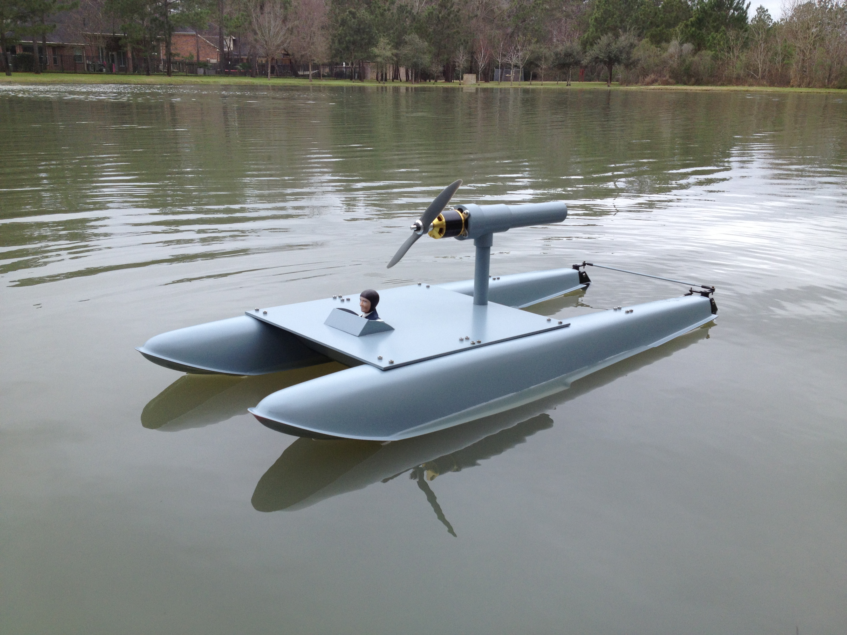 Airboat using seaplane floats - RCU Forums