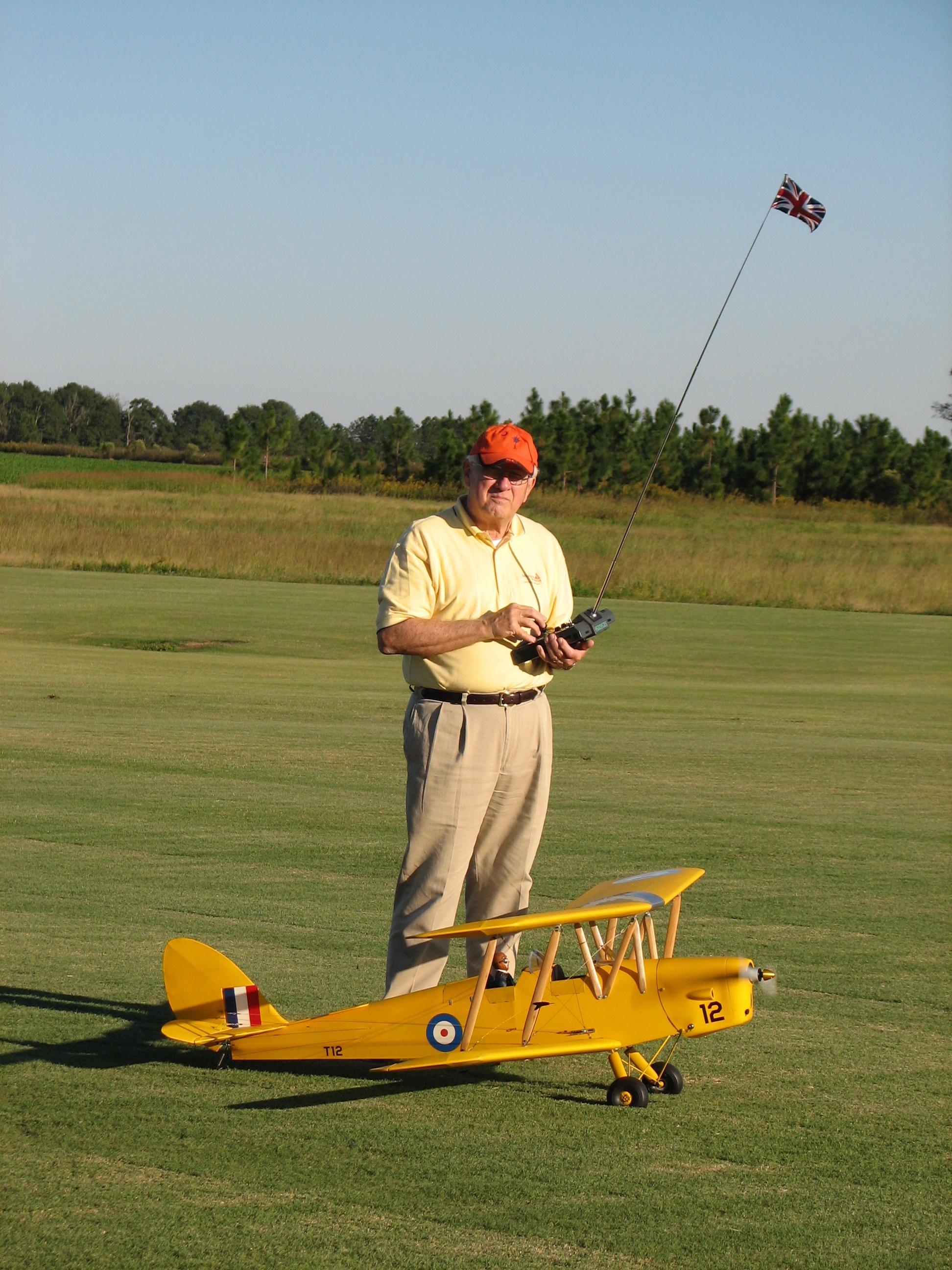 Click image for larger version.  Name:Tiger Moth at Macks.jpg Views:14 Size:2.19 MB ID:2028855
