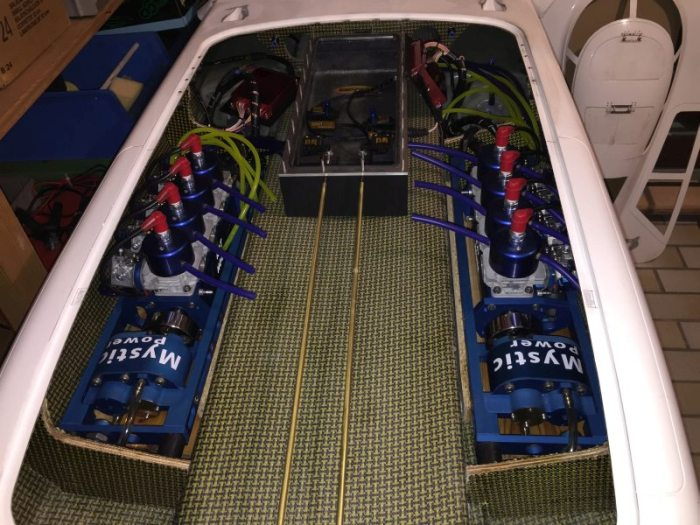 96inch Cat - MHZ 245 Mystic - with 2 x RAT HOUSE - RCU Forums
