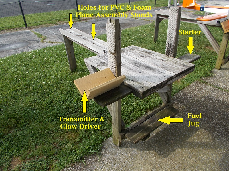 Click image for larger version  Name:PlaneStand1.jpg Views:284 Size:359.7 KB ID:2059703