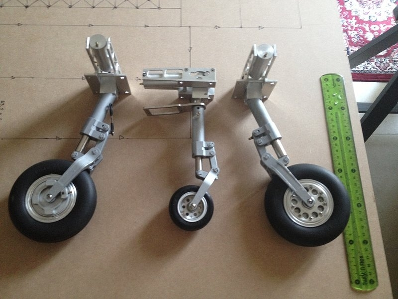 Click image for larger version  Name:Fei Bao Gear Pic 2.jpg Views:583 Size:183.5 KB ID:2064222