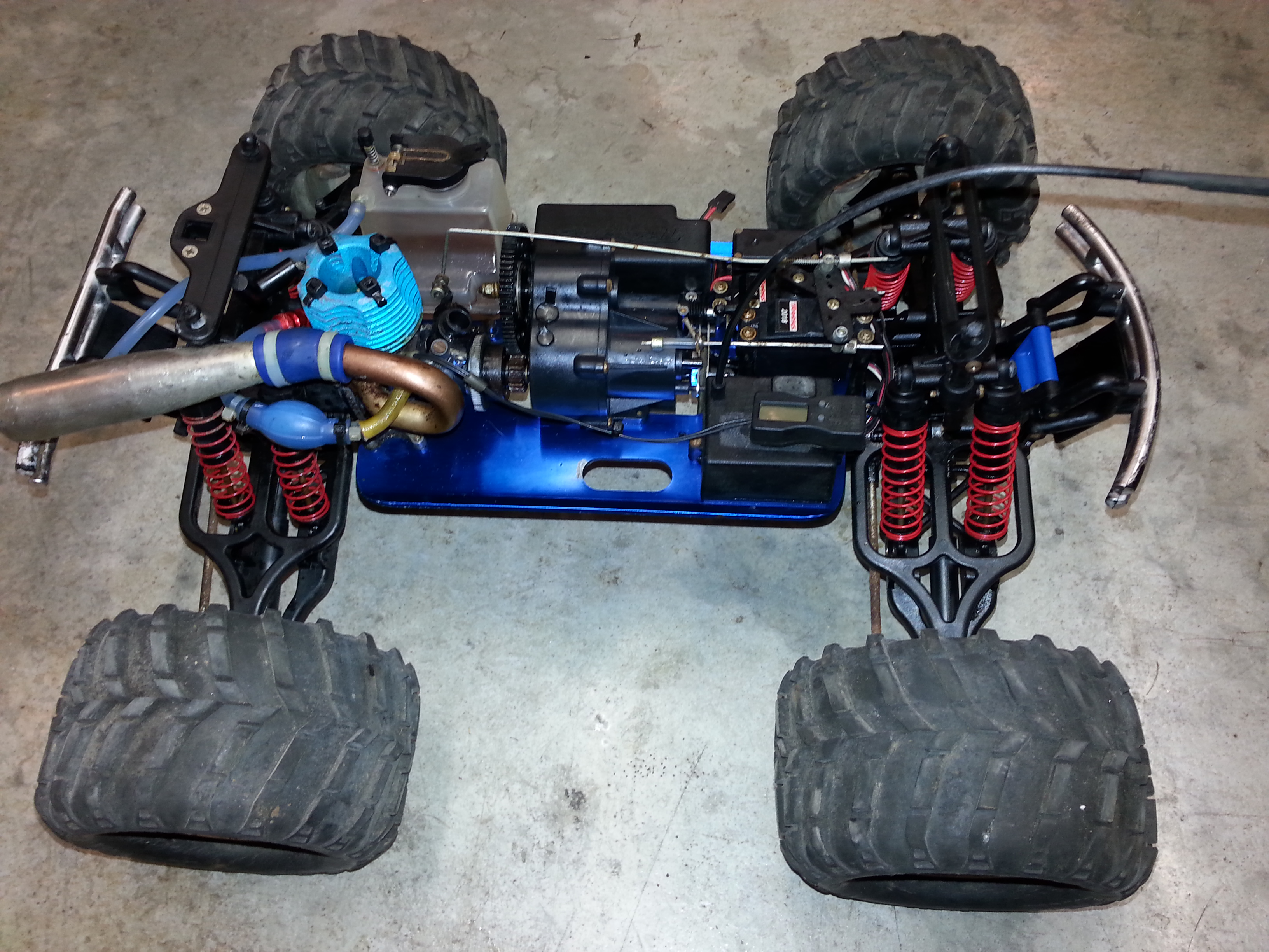 I was given a T-Maxx truck please help! - RCU Forums
