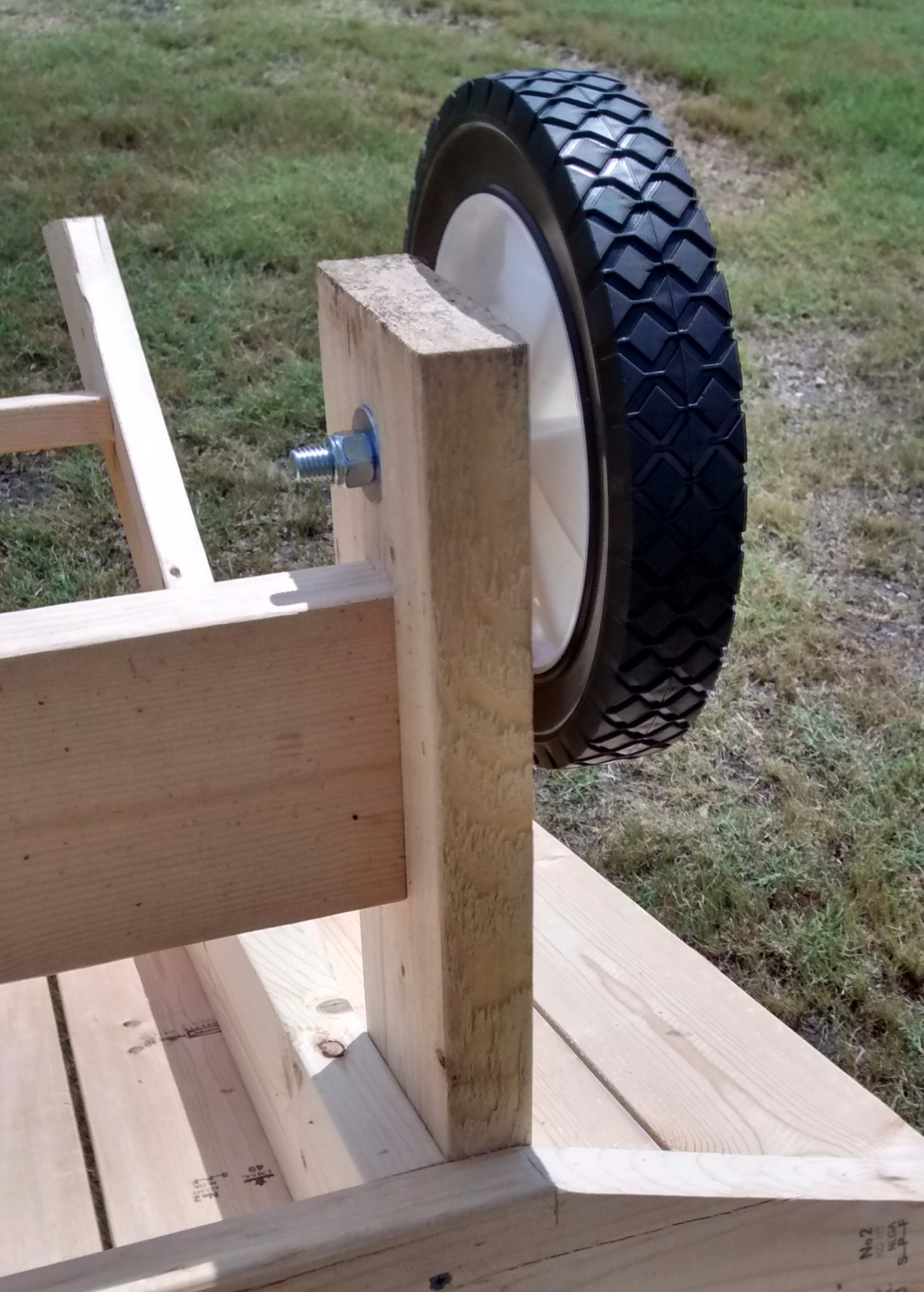Click image for larger version  Name:Bench wheel attch.jpg Views:104 Size:508.2 KB ID:2106068