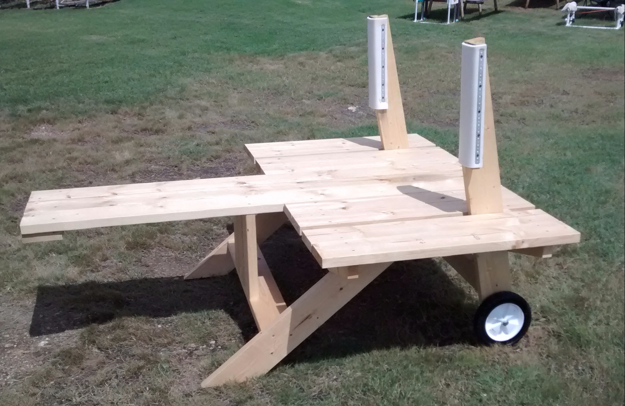 Click image for larger version  Name:Bench w wheels.jpg Views:80 Size:566.0 KB ID:2106069