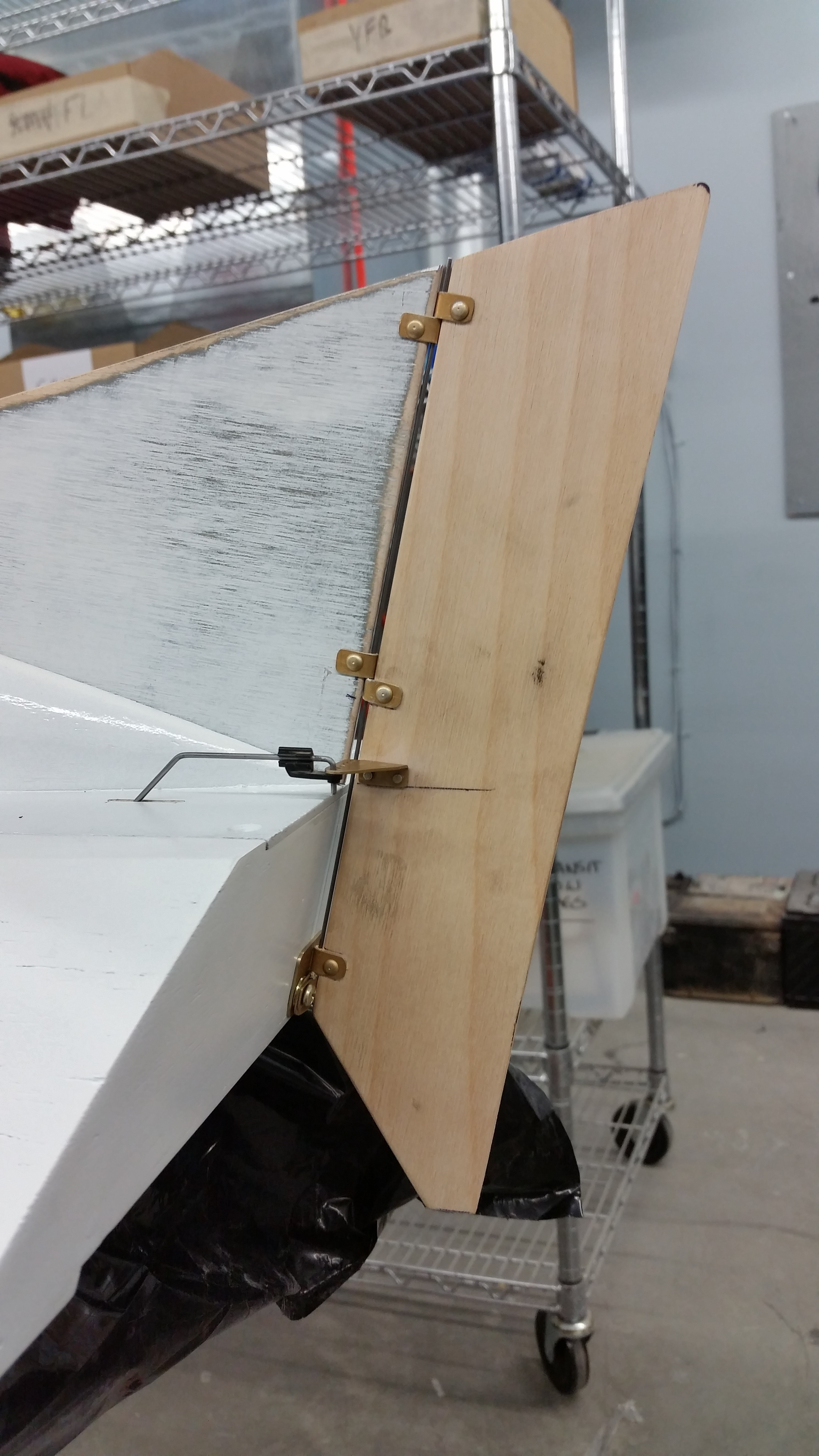 Click image for larger version  Name:rudder1.jpg Views:205 Size:1.89 MB ID:2119543