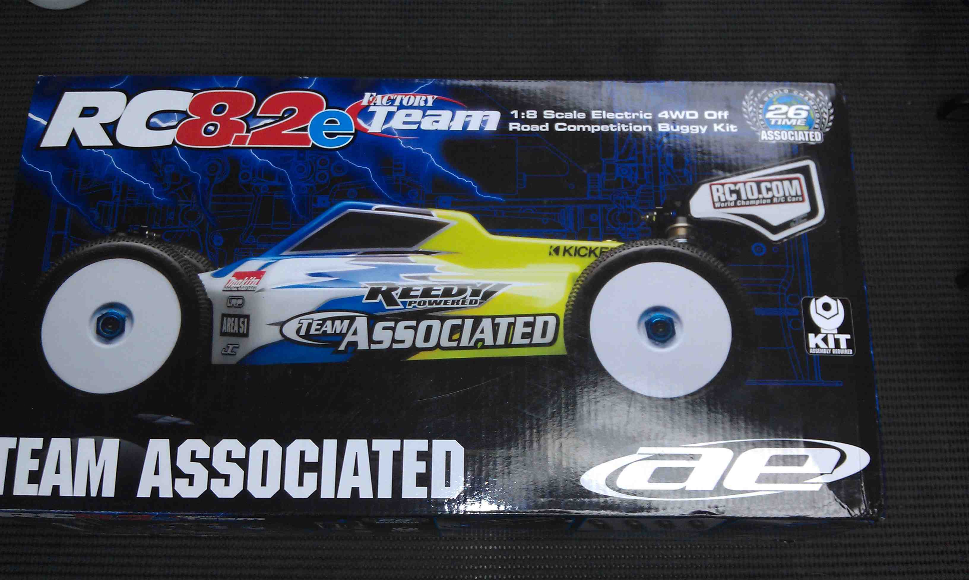 Click image for larger version  Name:1023257d1359268062-team-associated-rc8-2e-brand-new-box-imag0798.jpg Views:21 Size:250.9 KB ID:2132444