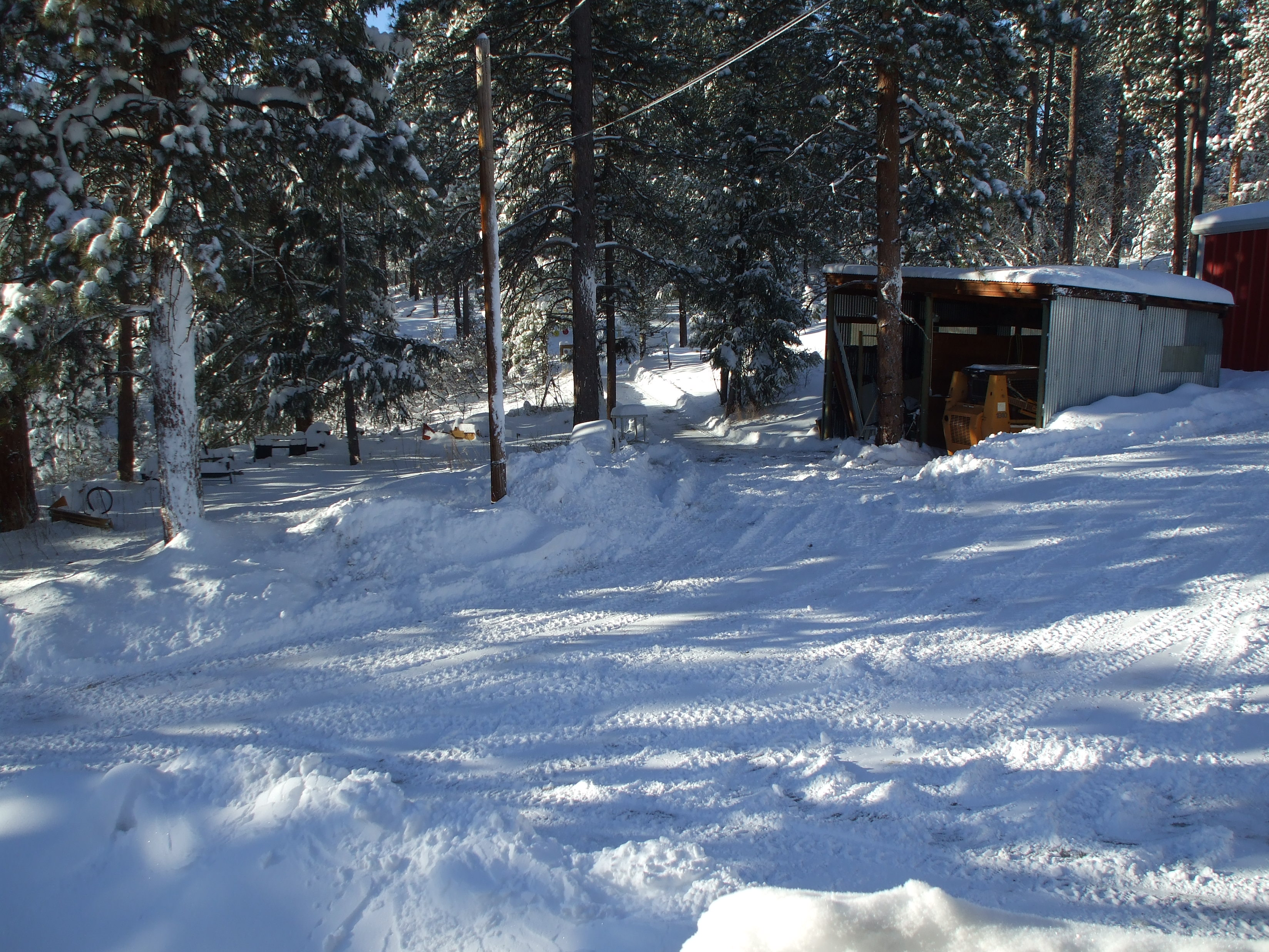 Click image for larger version  Name:snow 12 15 2015 002.JPG Views:140 Size:1.80 MB ID:2143517