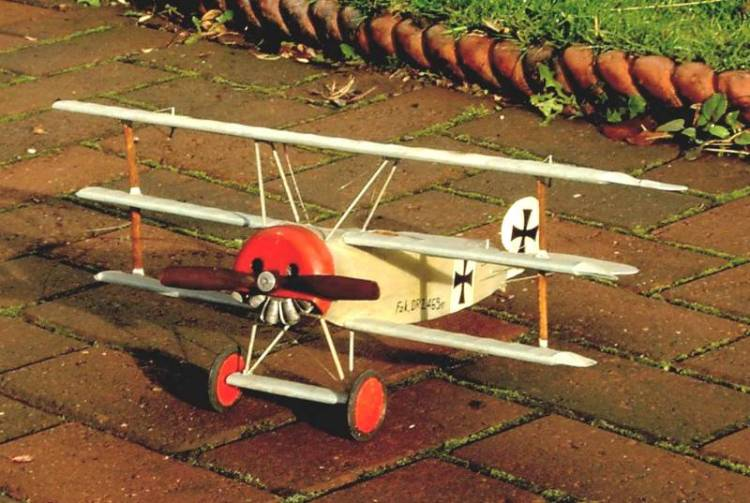 Click image for larger version  Name:SC-Triplane-1a.jpg Views:70 Size:66.7 KB ID:2144889