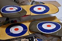 Click image for larger version  Name:roundels on.jpg Views:83 Size:181.1 KB ID:2146134