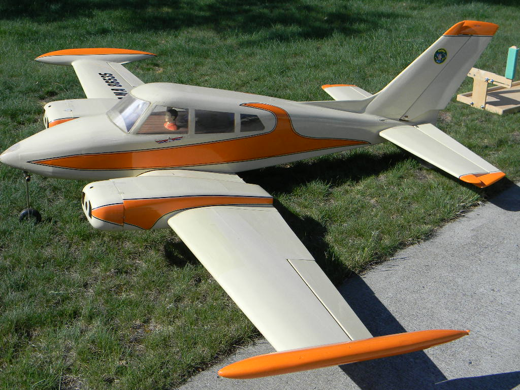 Click image for larger version  Name:new cessna 310 001.JPG Views:191 Size:189.1 KB ID:2158336
