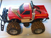 Click image for larger version  Name:for-parts-or-repair-vintage-nikko-lobo-rc-4x4-monster-truck-red-573849fd1fa3676060bcff5d99733565.jpg Views:1302 Size:31.6 KB ID:2176932