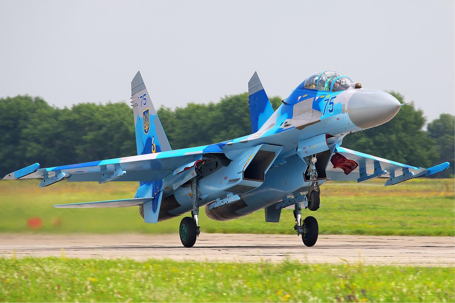 Click image for larger version  Name:Sukhoi_Su-27UB_Belyakov.jpg Views:1339 Size:681.2 KB ID:2178507