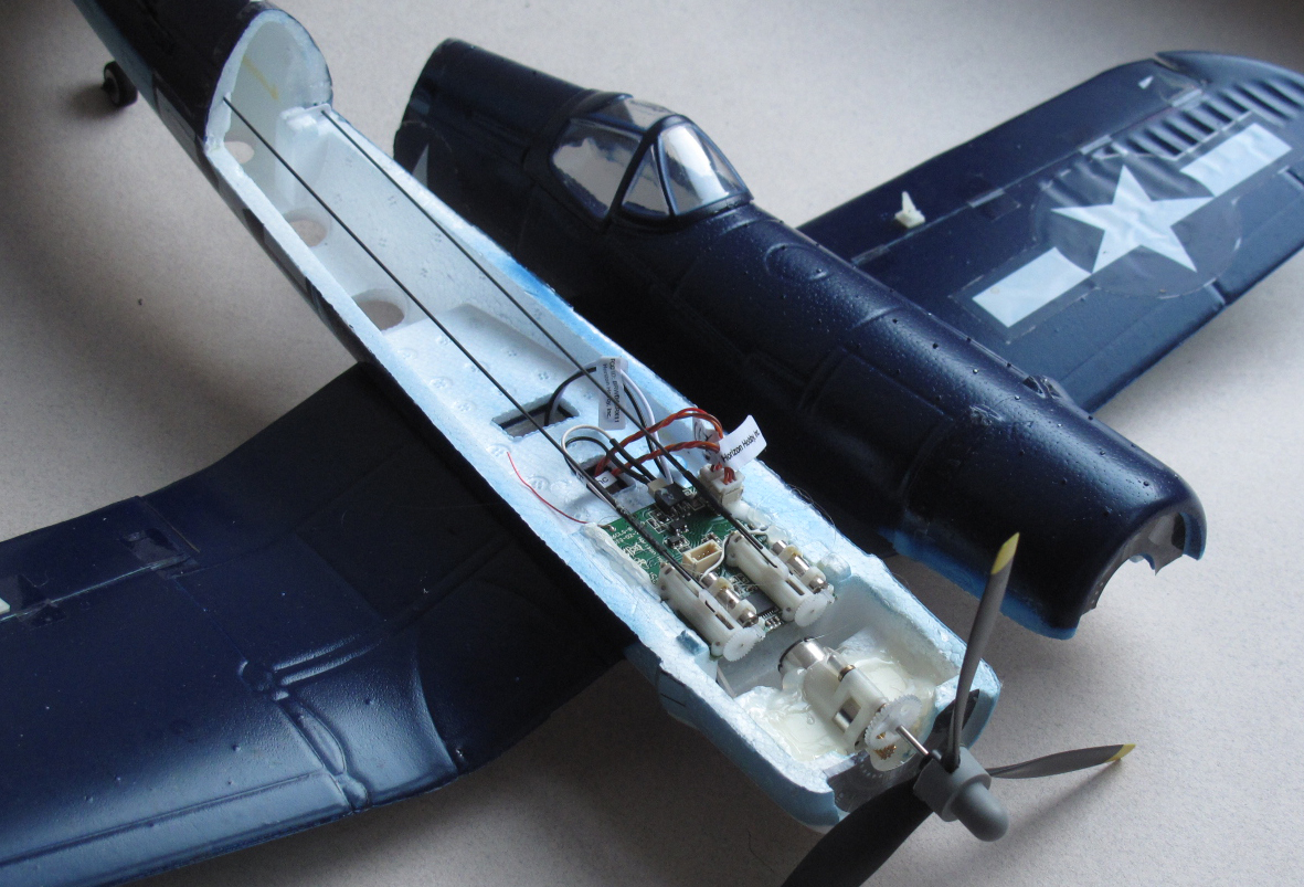 Click image for larger version  Name:F4U motor switch 2.jpg Views:94 Size:681.2 KB ID:2182963