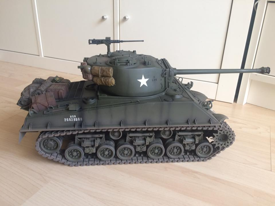 Sherman 1/16 M4A3E8 76mm Easy Eight Tamiya FO - RCU Forums