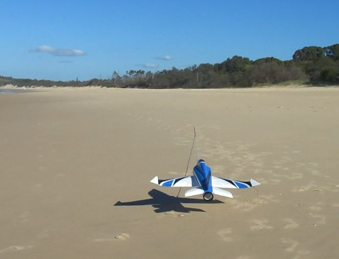 Click image for larger version  Name:Beach catapult.JPG Views:23 Size:32.3 KB ID:2217953