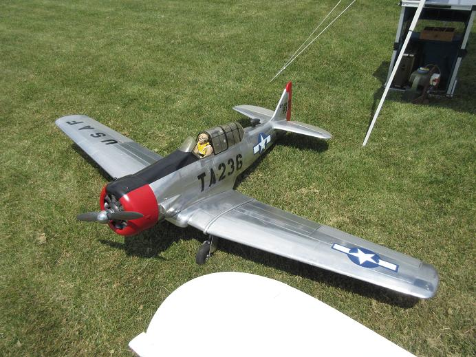 Click image for larger version  Name:fox valley warbirds 2017 09.JPG Views:27 Size:95.0 KB ID:2221610