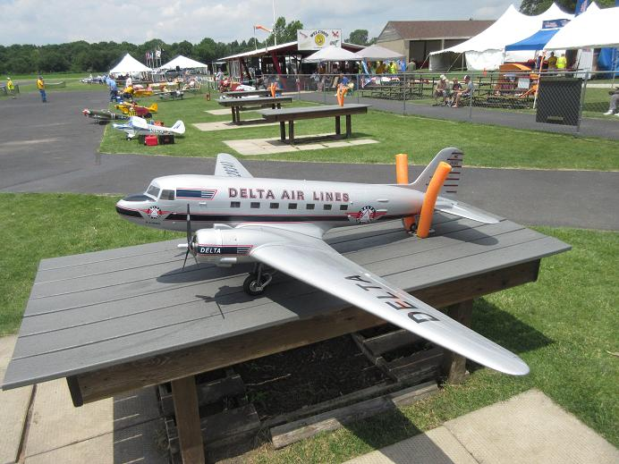 Click image for larger version  Name:fox valley warbirds 2017 16.JPG Views:37 Size:83.2 KB ID:2221617