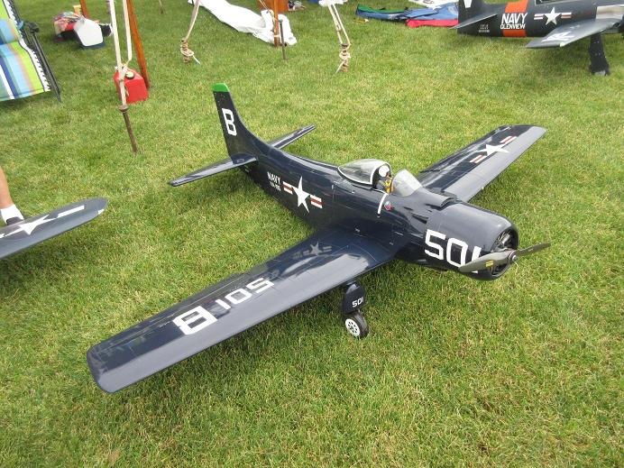Click image for larger version  Name:fox valley warbirds 2017 51.JPG Views:43 Size:120.8 KB ID:2221773