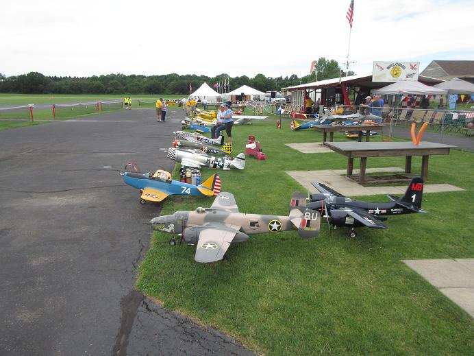 Click image for larger version  Name:fox valley warbirds 2017 57.JPG Views:32 Size:72.0 KB ID:2221779