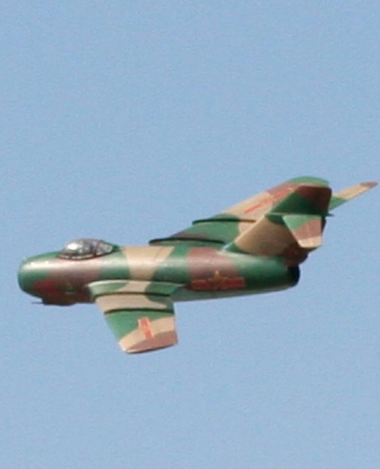 Click image for larger version  Name:Mig-152.jpg Views:43 Size:32.6 KB ID:2258533