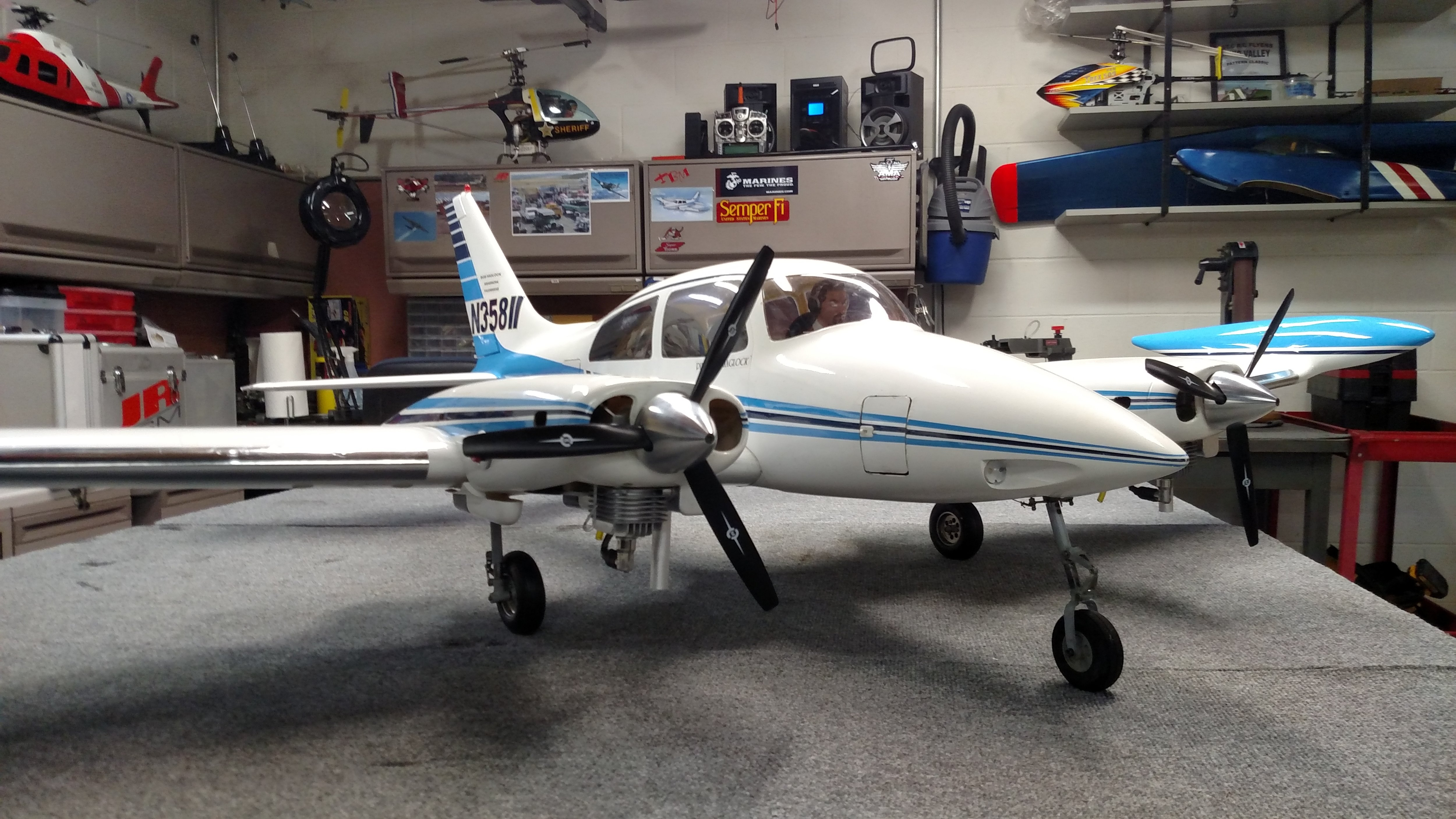 Click image for larger version  Name:Cessna 310 with DLE 20cc.jpg Views:34 Size:1.64 MB ID:2258624